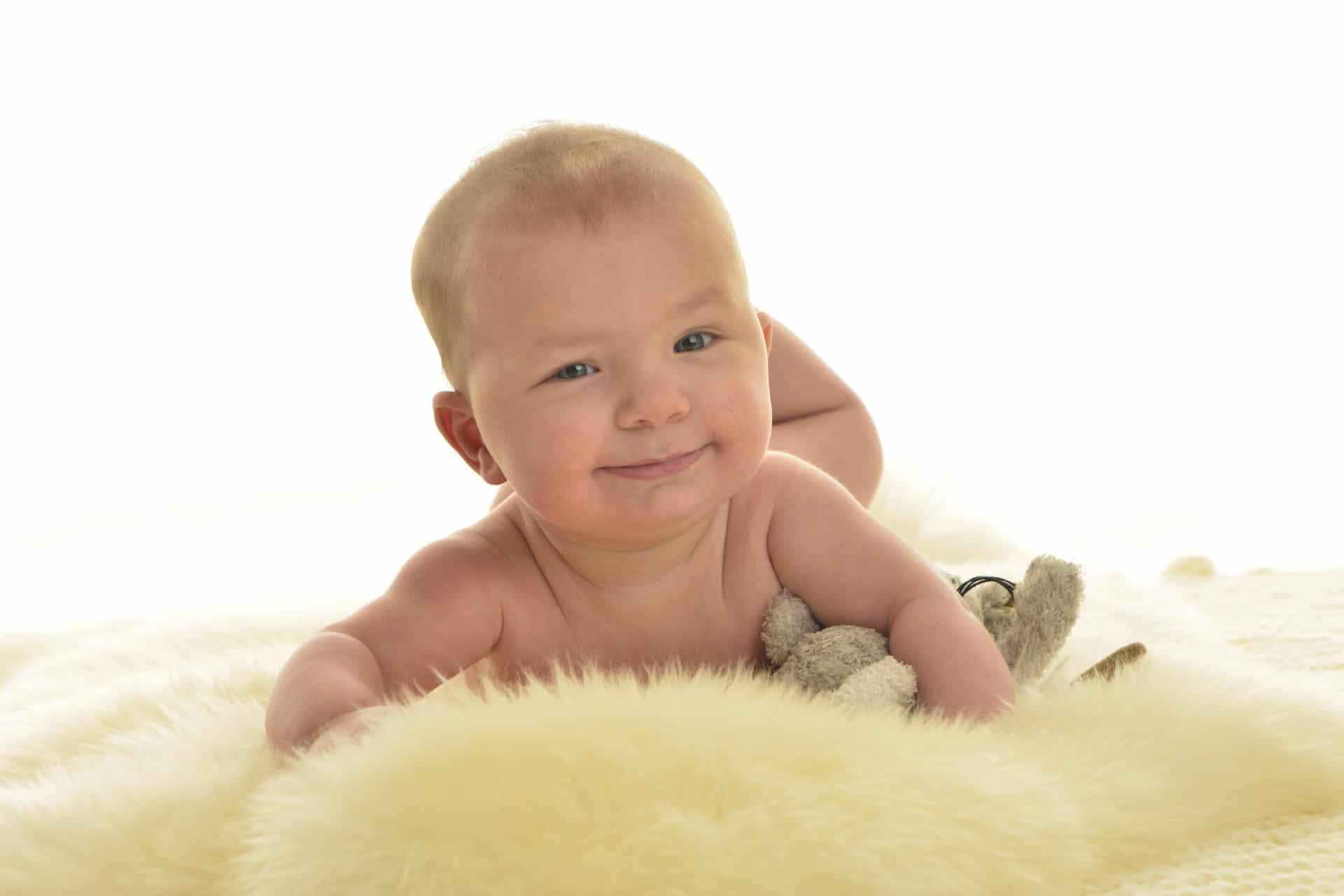 483-Schmitt-Photodesign-Babyfotos-A4sAcLQT